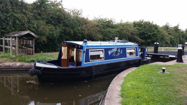 Move 23ft narrowboat to Northampton