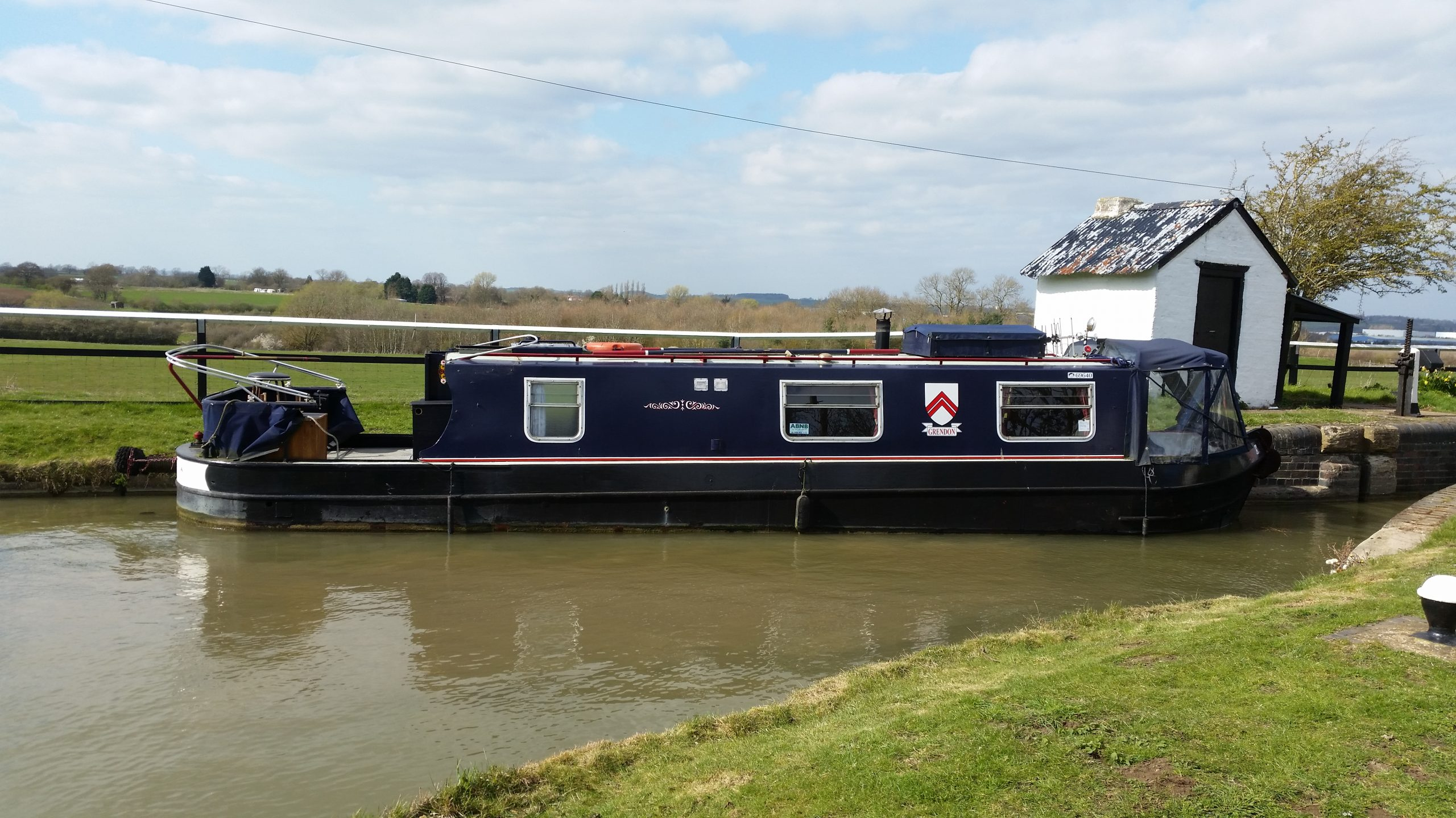 Move narrowboat to River Nene